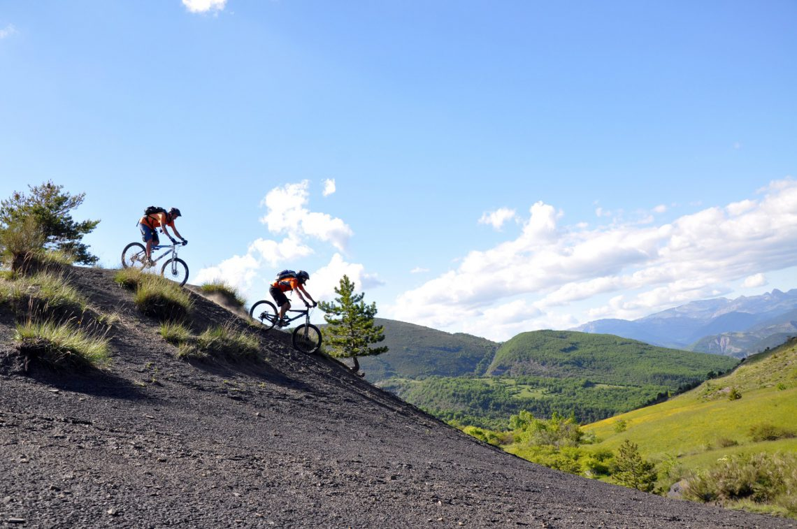 "mountain-bike en ""terres noires"""
