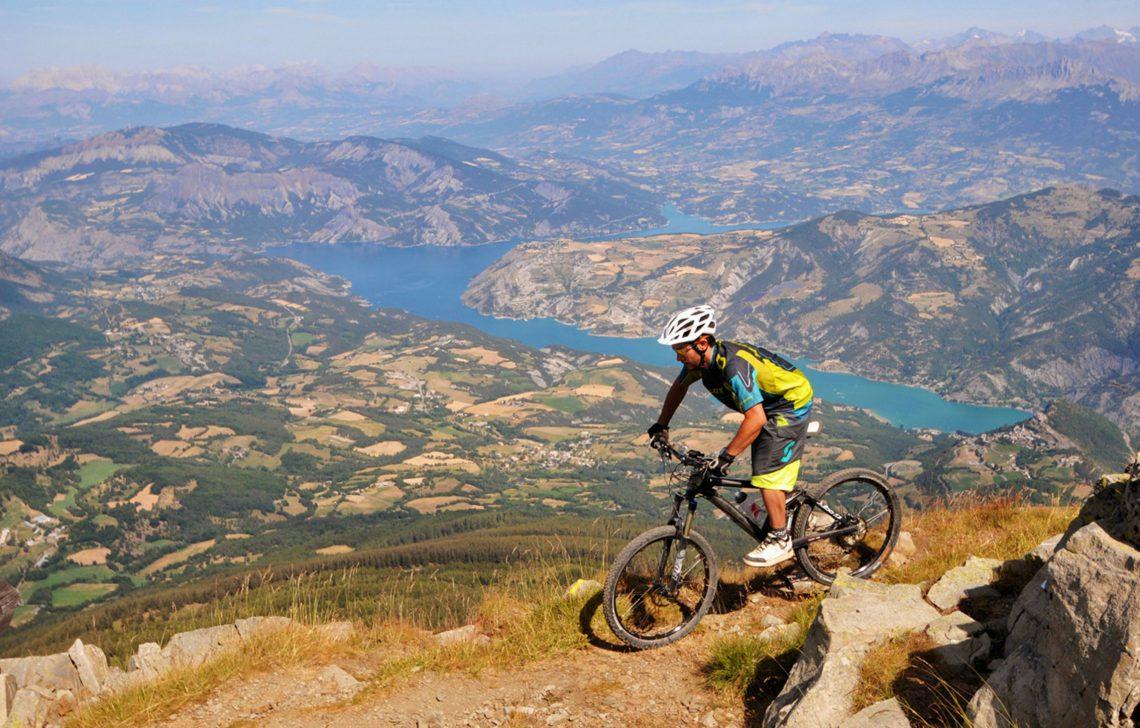 Base mountain-bike Blanche – Serre-Ponçon ©OT Montclar