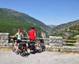 """biciclette su la """"route des crêtes"""" Verdon"""